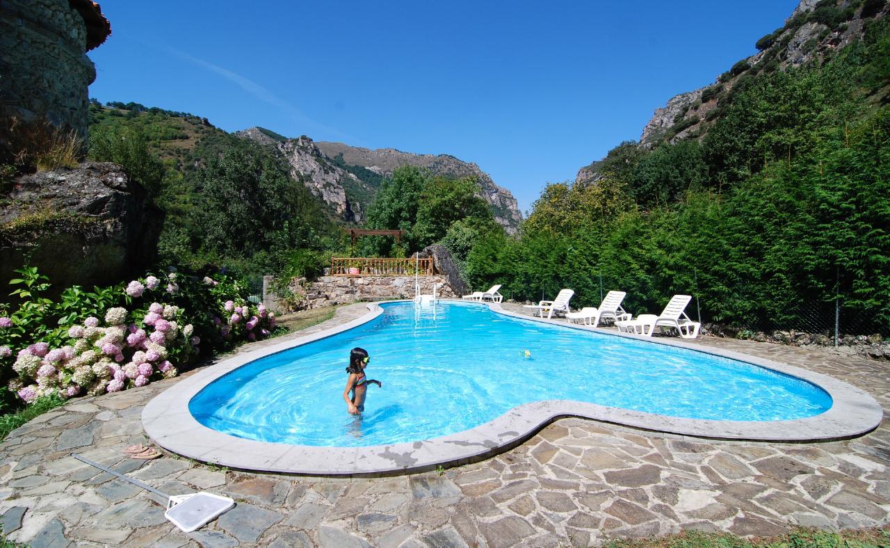 Casa rural en somiedo fl rez estrada - Alojamiento rural con piscina ...